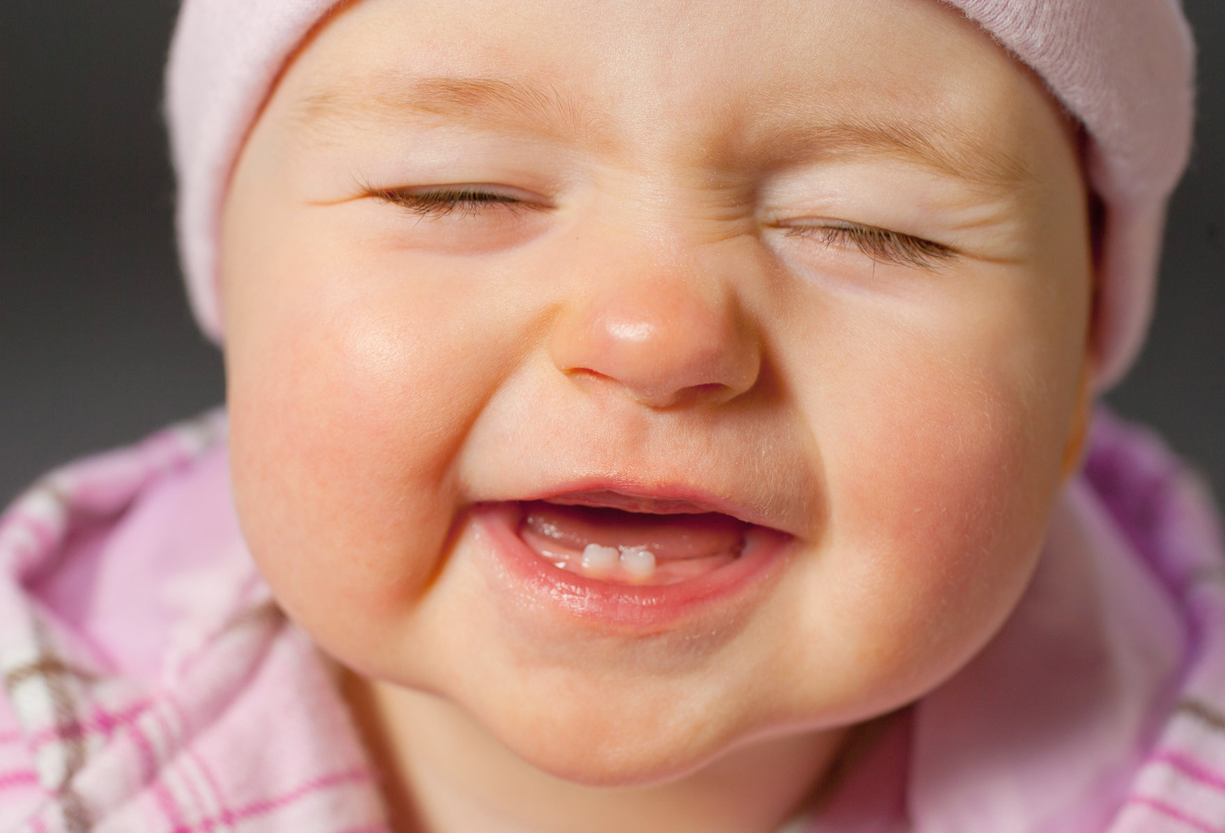 Home Remedies: Tips For Treating Teething Babies
